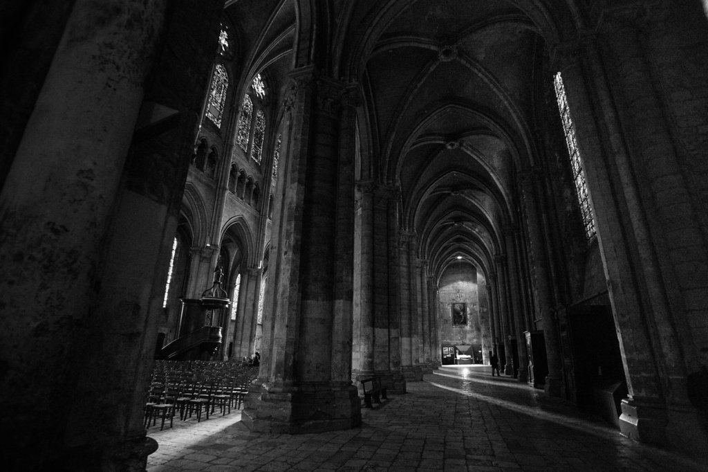 Chartres Aisle